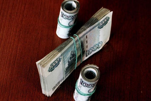 Банки резко «урезали» ставки порублевым депозитам