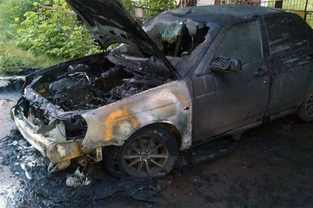 В Абакане пьяный работник сжег авто начальника