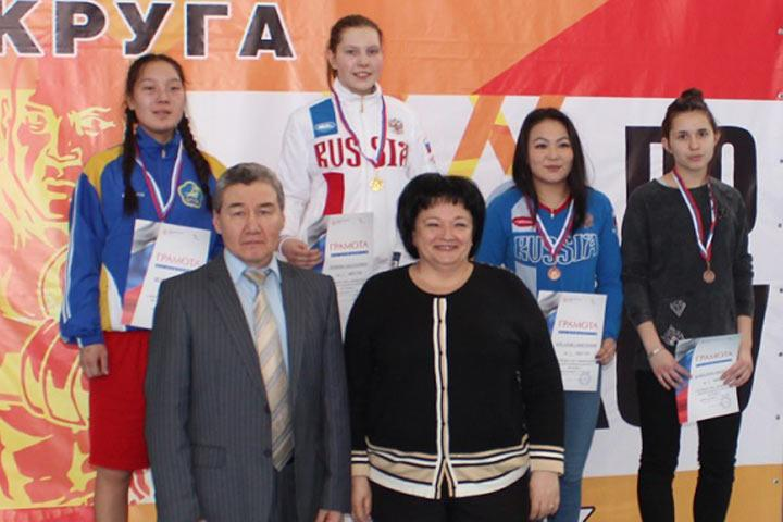 Боксеры Приангарья завоевали три медали напервенстве Сибири