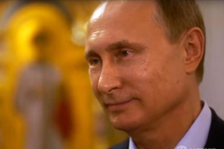 Путин сказал Стоуну, как начинал играть вхоккей