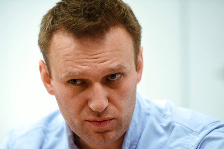 Алексей Навальный уехал из РФ