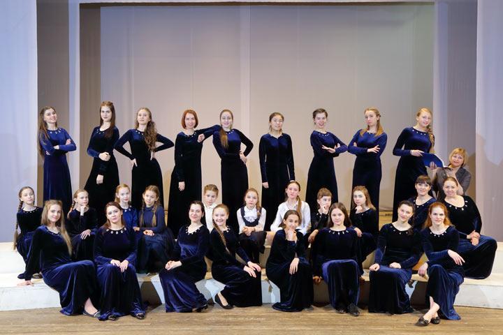 Фото: Хакасская республиканская филармония им. В.Г.Чаптыкова