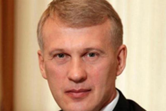 Глава Хакасии сократил  руководителя собственной  администрации