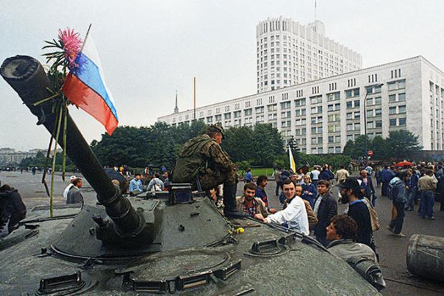 Каждый 2-ой житель россии невыйдет защищать страну, если случится ГКЧП— Опрос