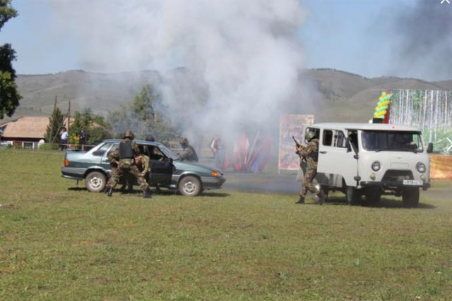Спецподразделения МВД Хакасии нагрянули в Боград