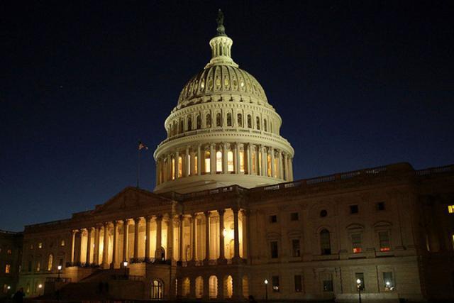 Американские сенаторы пригрозили санкциями лично Путину