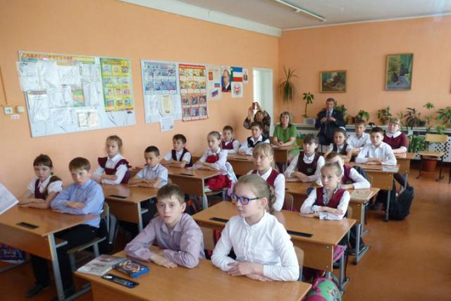 В Хакасии родители против перехода на электронные учебники