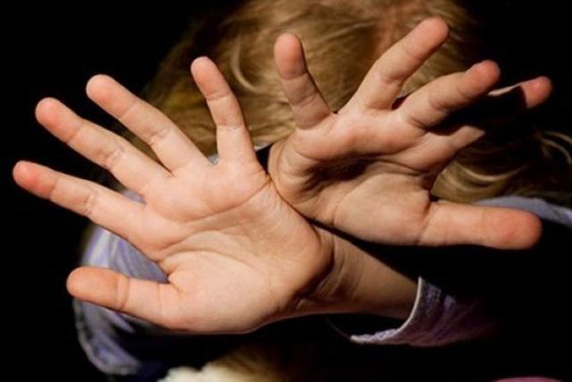 Житель Хакасии сильно избил и изнасиловал немолодую собутыльницу