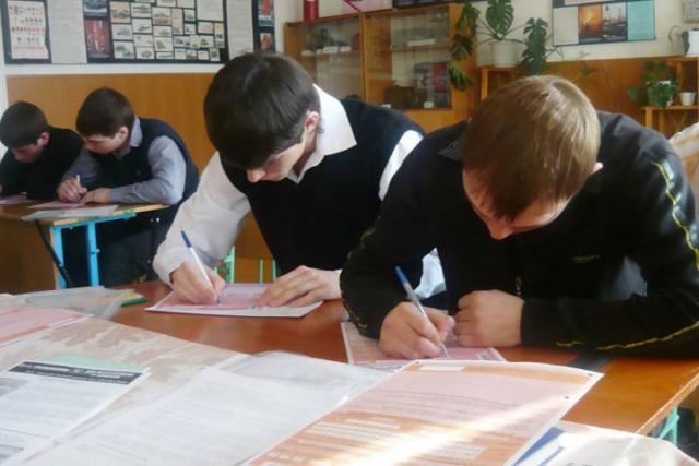 Минобрнауки: Всероссийские проверочные работы школьники будут писать два раза вгод