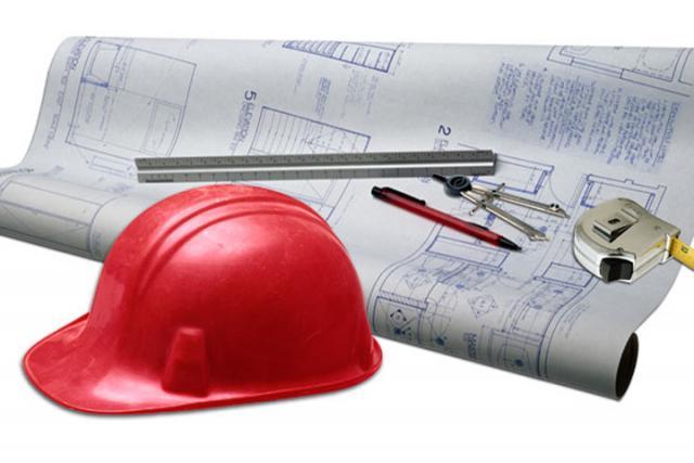 Виктор Киселев поздравил брянских строителей спрофессиональным праздником