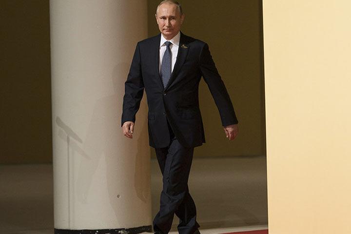 ВКремле немогут придумать предвыборную программу для В. Путина