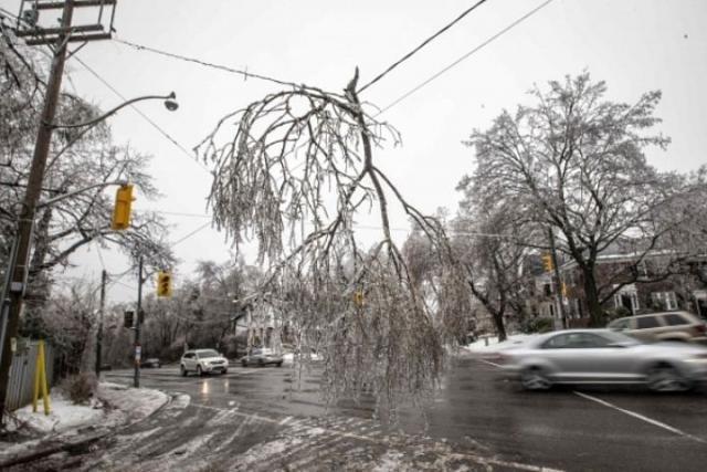 ВКрасноярском крае из-за выпавшего снега люди остались без света