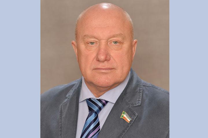 Деньги нажилье для хакасских сирот украли депутат ичиновник