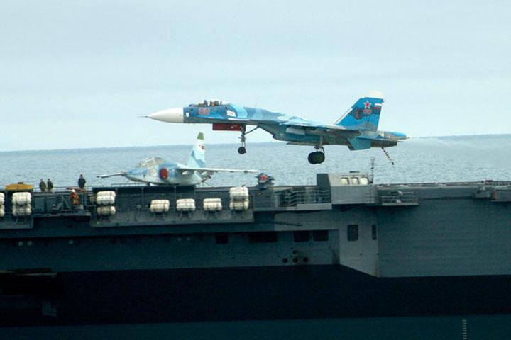 Истребители скрейсера «Адмирал Кузнецов» направились нааэродром вСевероморске
