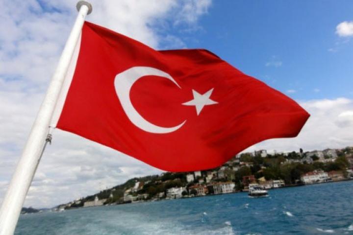 «Да» власти Эрдогана, «нет» EC  — Выбор Турции