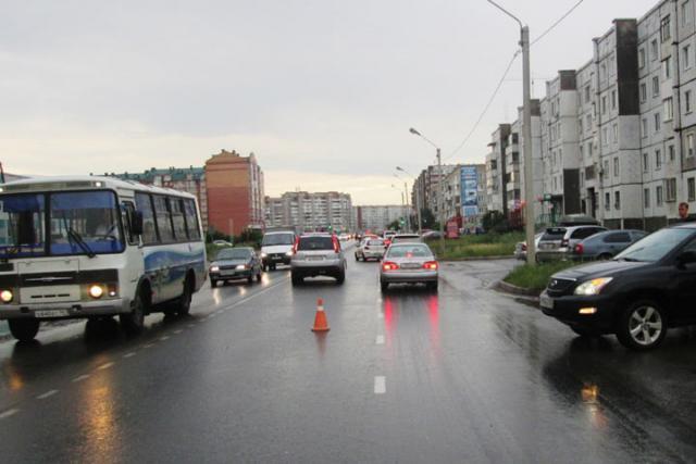 В Хакасии пешеход не смог убежать от внедорожника
