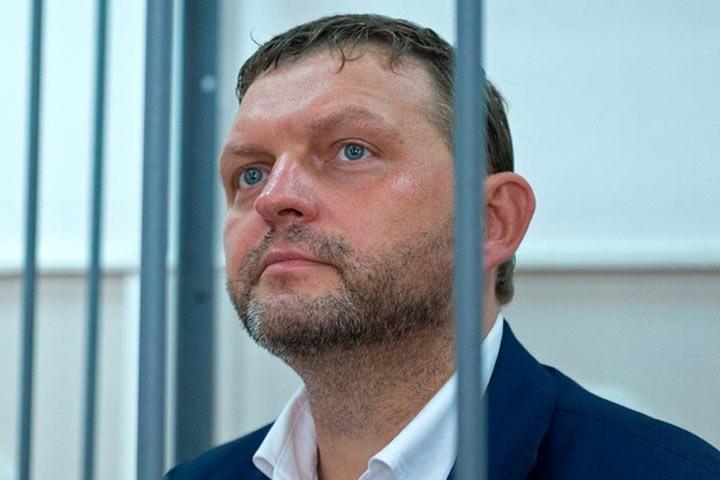 Никита Белых пожаловался правозащитникам, что унего отнимается нога