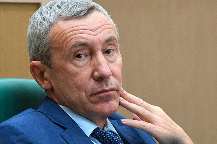 Сенатор-антизападник Андрей Климов оказался связан скипрскими офшорами