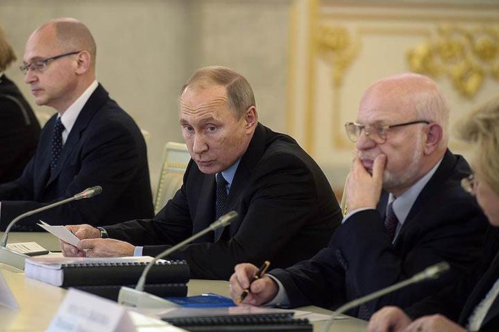 Владимир Путин считает причудливыми обстоятельства задержания Никиты Белых