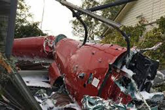 Вертолет вСочи упал накрышу частного дома
