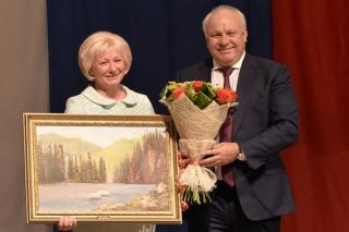Елена Егорова вступила в должность главы Усть-Абаканского района