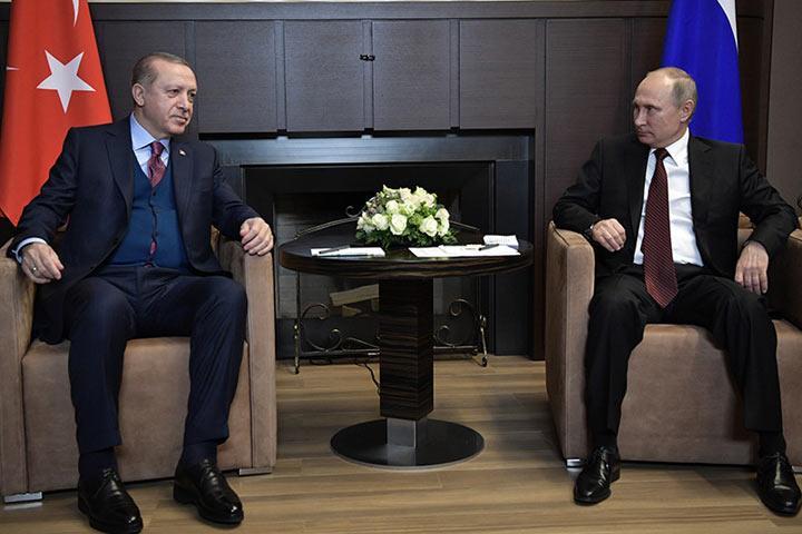 Путин: можно считать, что отношенияРФ иТурции на100% восстановлены