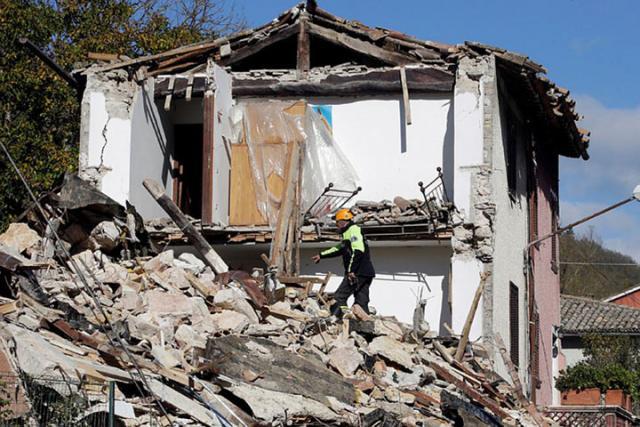 В итоге землетрясения вРиме пострадала базилика святого Павла