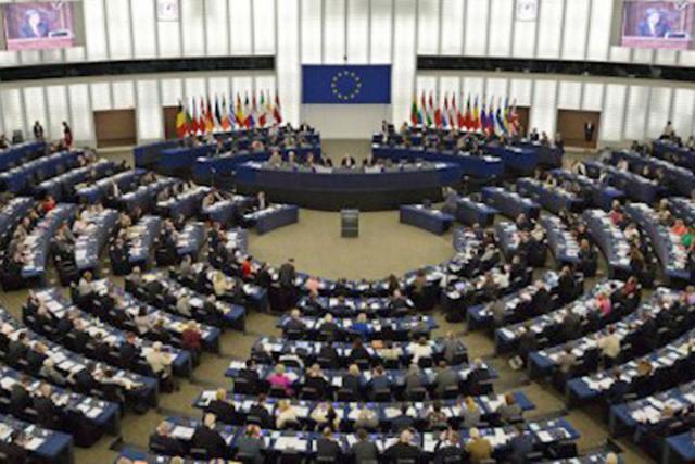 Европарламент накануне принял резолюцию, вкоторой назвал деятельность русских государственных СМИ пропагандо