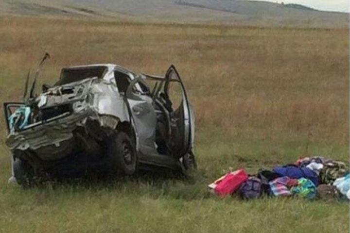 Натрассе вХакасии перевернулась иностранная машина: погибли три человека