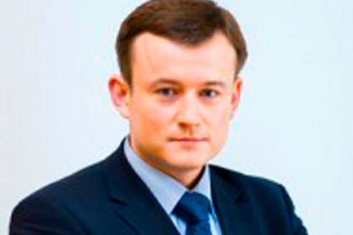 Отца полковника Захарченко обвинили в трате