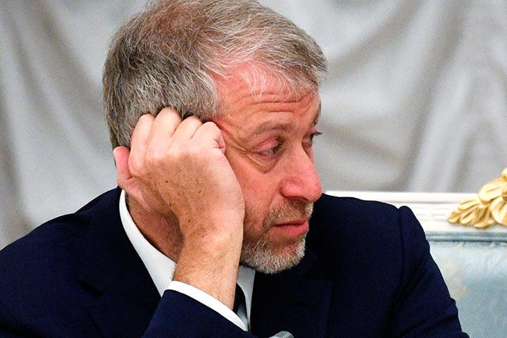 Великобритания неотказывала ввизе Роману Абрамовичу