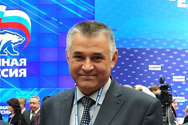 Сергей Комаров отправил единороссов на...
