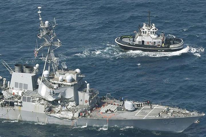 Взатопленной части американского эсминца Fitzgerald отыскали тела пропавших моряков