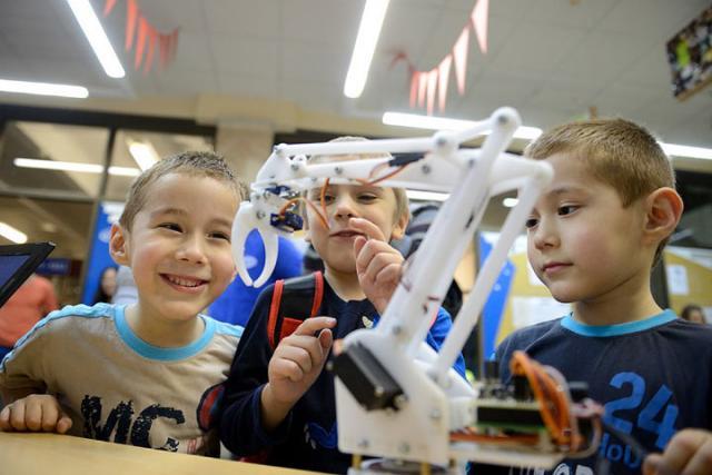 Подмосковье получит субсидии насоздание детских технопарков