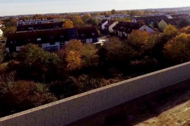 ВМюнхене возведут стену перед приютом для беженцев выше берлинской