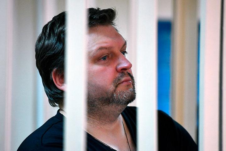 Насуд поделу Никиты Белых непустили корреспондентов 5-ти объявлений