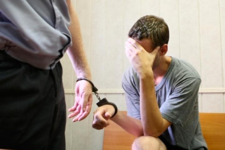 В Хакасии осужден молодой педагог, растлевавший школьников