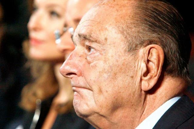 Жака Ширака срочно доставили самолетом изМарокко вПариж