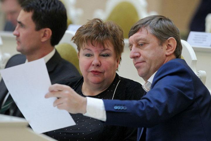 Прежний петербургский парламентарий Нестерова непризнала всуде вину вполучении взяток