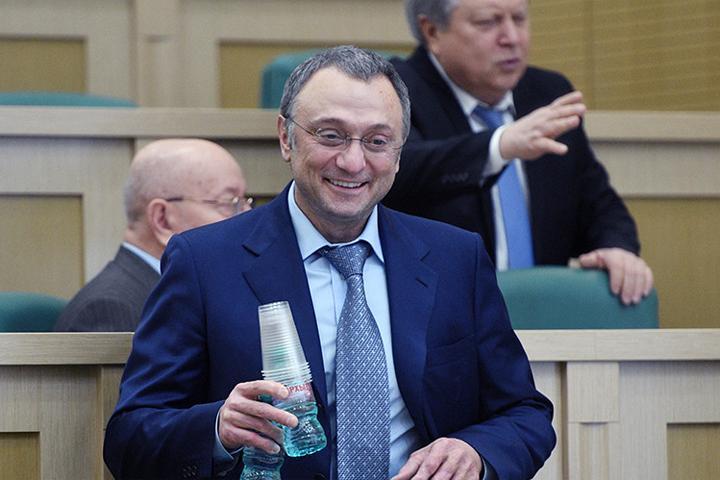 Новым фигурантом дела Керимова воФранции стал «нотариус звезд»