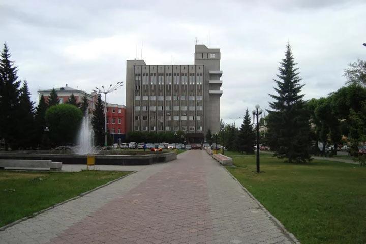 В Хакасии ФСБ останется без крыши