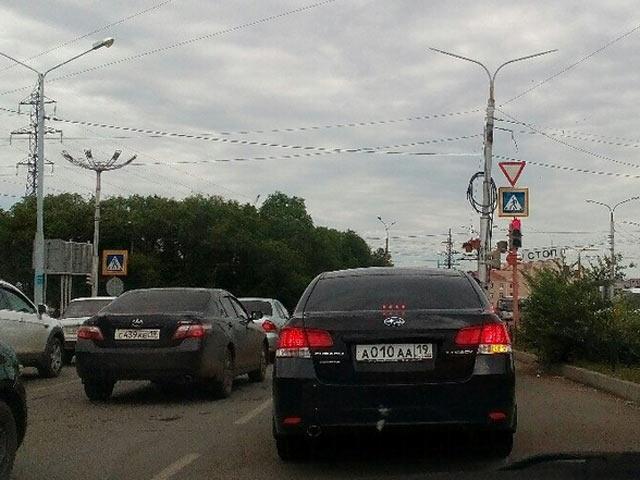 «VIP-номер»: читатель ИА «Хакасия» рассказал, какая серия выдается приближенным к гаишникам