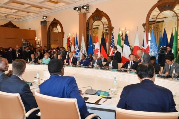 Государства G7 призвали РФ «срочно ответить навопросы» по«делу Скрипаля»