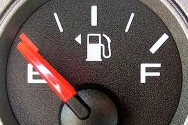 Бензин вновь растет в цене областном центре
