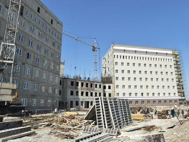 Кресла для ЭКО и не только: закупки для перинатального центра Хакасии в разгаре