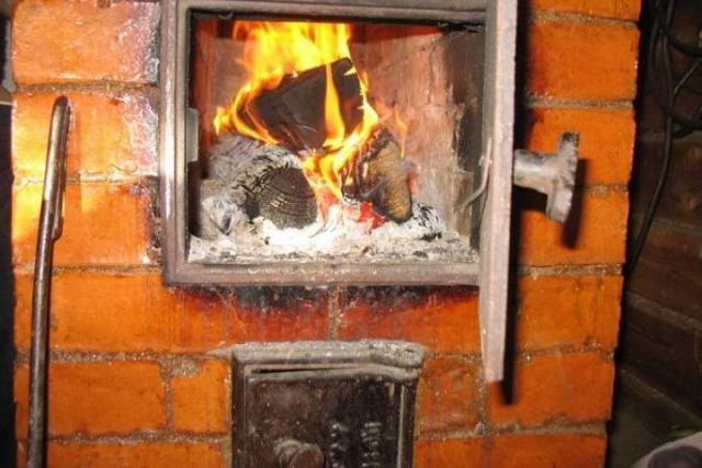 ВХакасии пенсионерка иеевнучка погибли ототравления угарным газом
