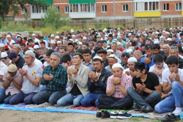 В Хакасии мусульмане празднуют Рамадан-байрам