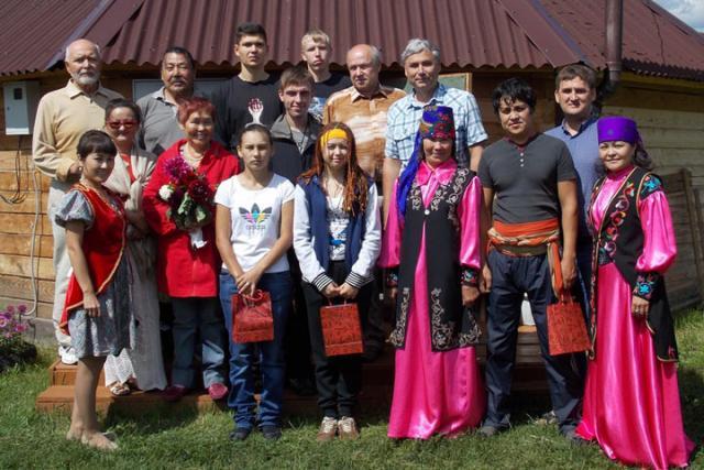 Одаренную молодежь Хакасии пригласили в летний литературный лагерь