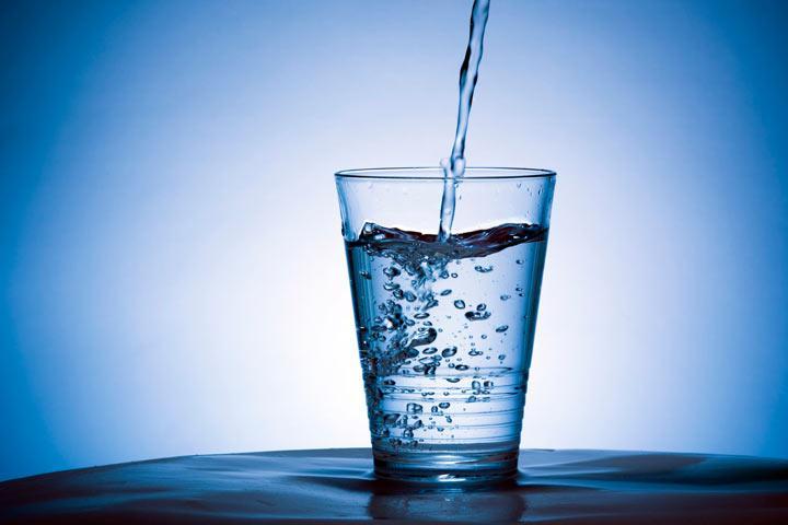 Граждане Российской Федерации страдают отнехватки неопастной питьевой воды— Росстат