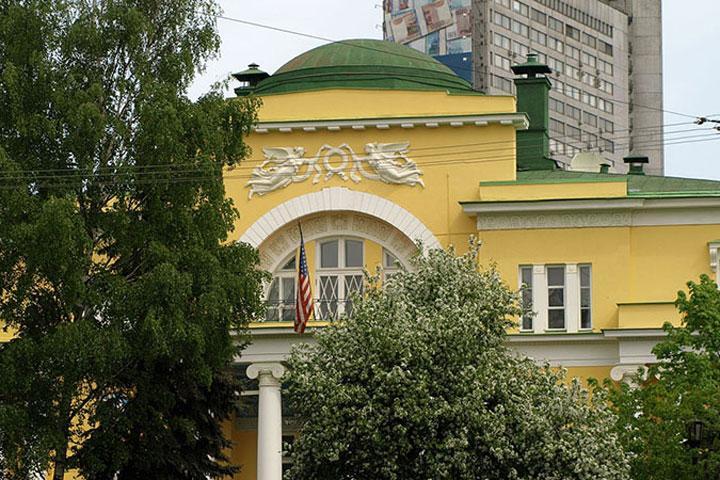 МИДРФ: США отказались выдать визы русским дипломатам